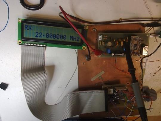 vfo-con-dds-0-22-mhz-monta-un-ad9850-e-un-pic16f628
