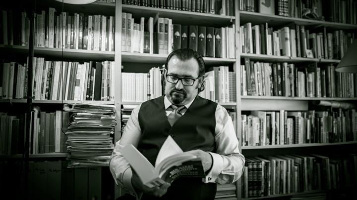 Dr. Naseef Naeem, Berater, Gutachter und Rechtsexperte für den arabischen Raum