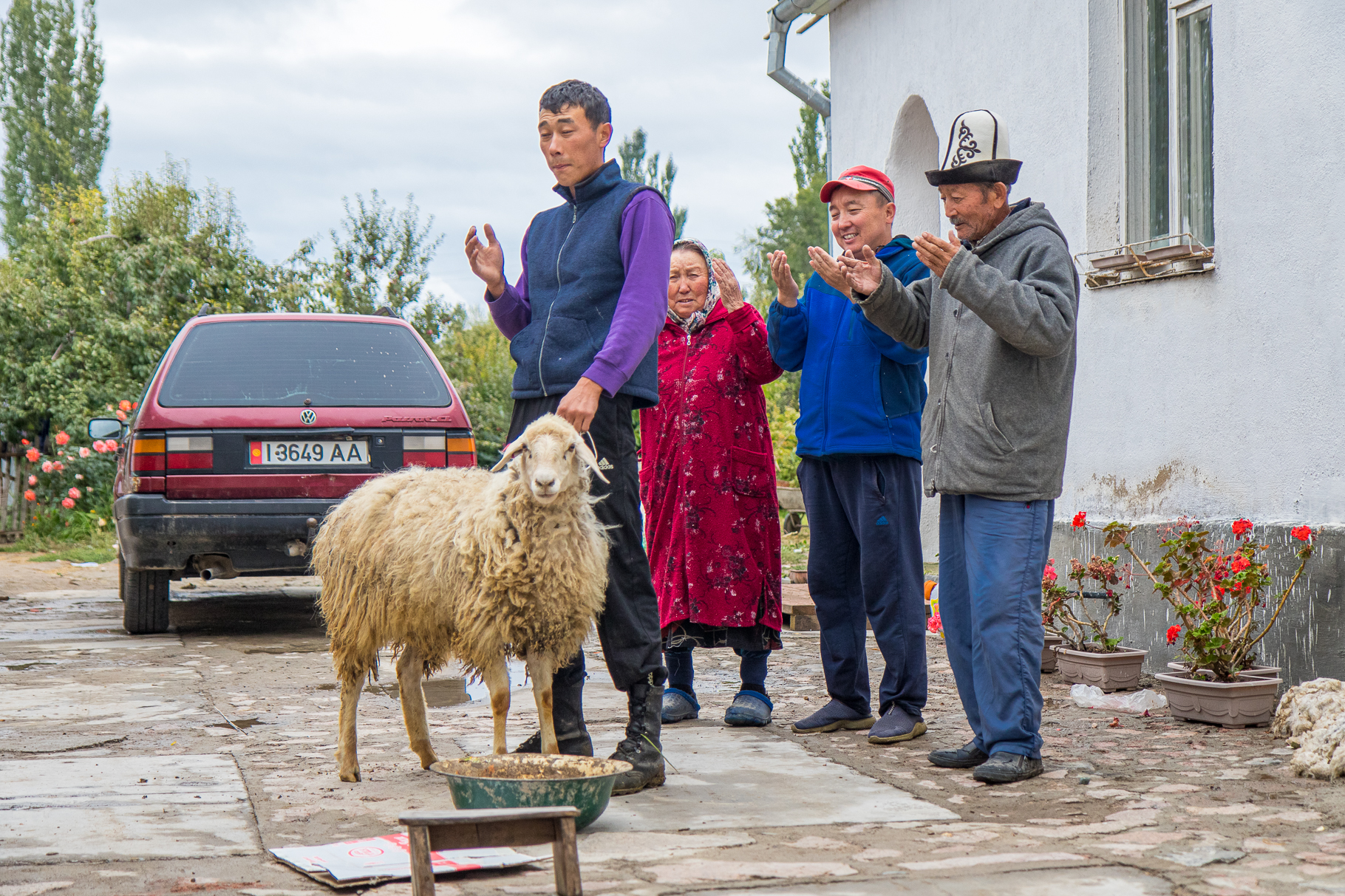Kyrgyzstan - About first hitchhikes, couchsurfing and a cultural deep dive