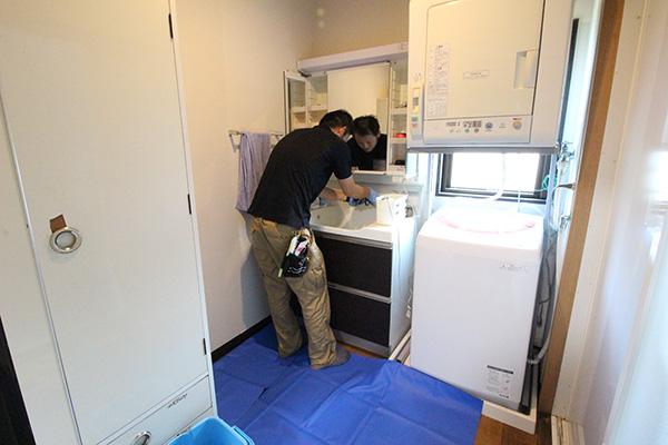 洗面化粧台の洗浄・クリーニング|お掃除ハウス新潟【阿賀野市】