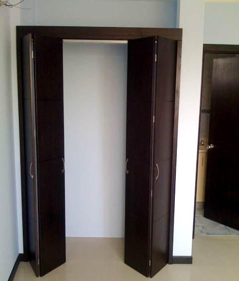 Puertas cl set y cocinas en madera catalogo de cl set for Ideas para puertas de closet