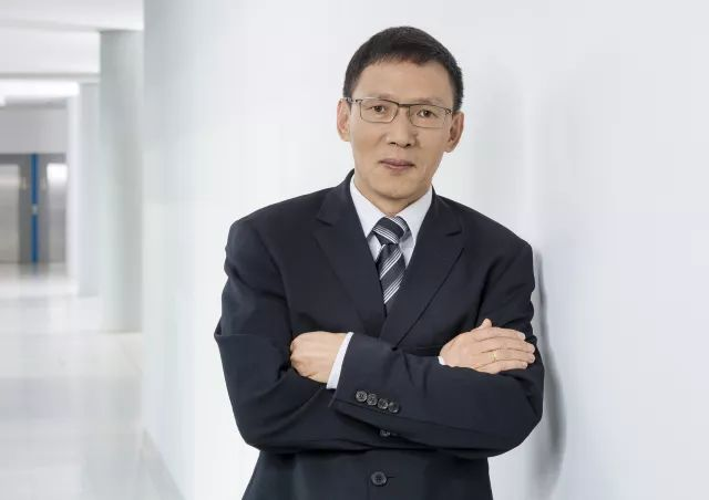 德国大陆集团高级经理 张宏博士