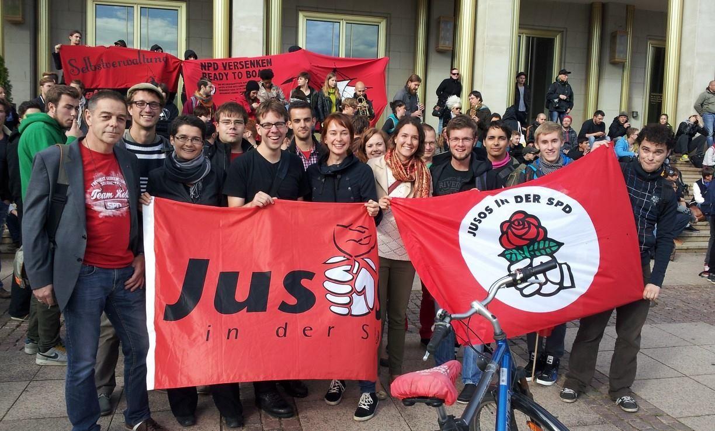 Jusos auf der Demo - Kein Platz für Rassismus!