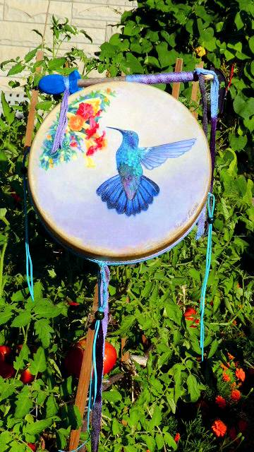 Hummingbird Drum with a hummingbird painting from Shaman Drums & More and Thunder Valley Drums