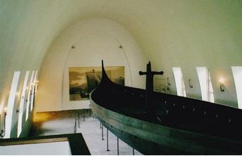 ノルウェー オスロ ヴァイキング博物館 2003年6月       小島美代子氏提供