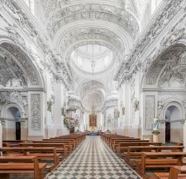 リトアニア、ビリニュス 世界遺産ビリニュス歴史地区 聖ペテロ&パウロ教会内部 オウレリウス・ジーカス氏提供