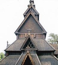 ノルウェー オスロ ノルウェー民族博物館     ゴルスターブ教会 2003年6月      小島美代子氏提供