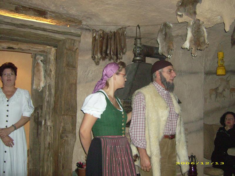 """KörperSpracheRedeKunst___R.Kleinstück . """"Dachsenfranz-Höhle""""-Dachsenfranzbrauerei Zuzenhausen"""