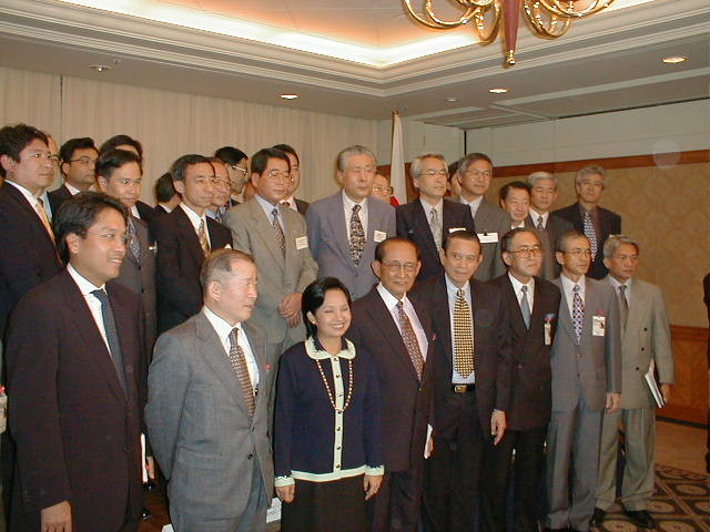 2001.03 Participation to the JETRO business inspection tour to the Philippines