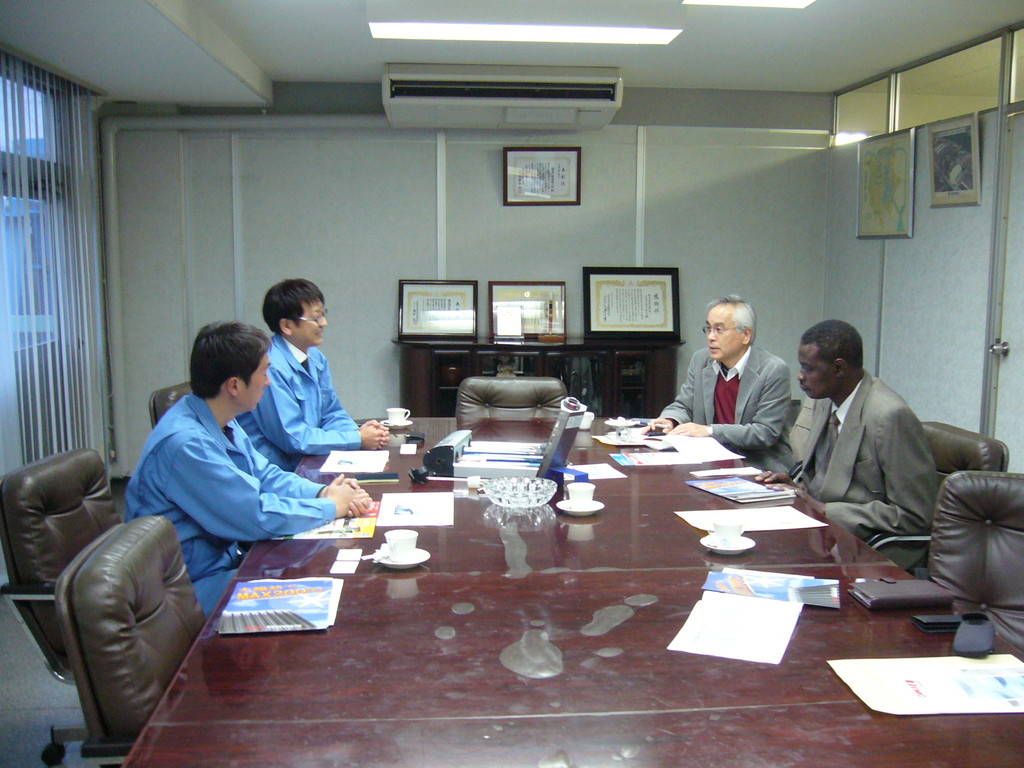 Ambassador from Sudan, 2009.01.08, introduction of solar heating system at Terada Co. Ltd.