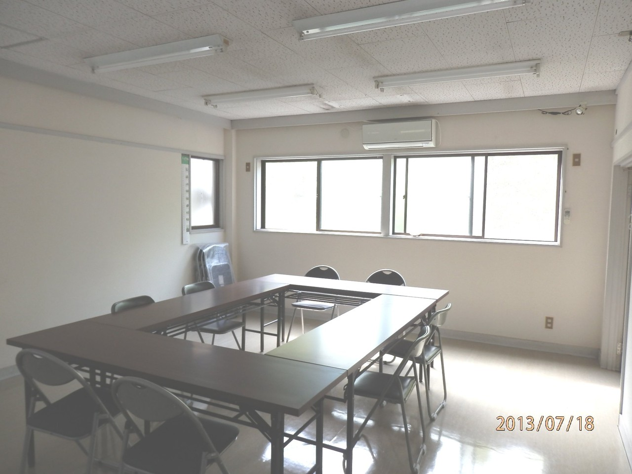 KECビル2階、201号室(10坪)内部(無料英語道場として使用)