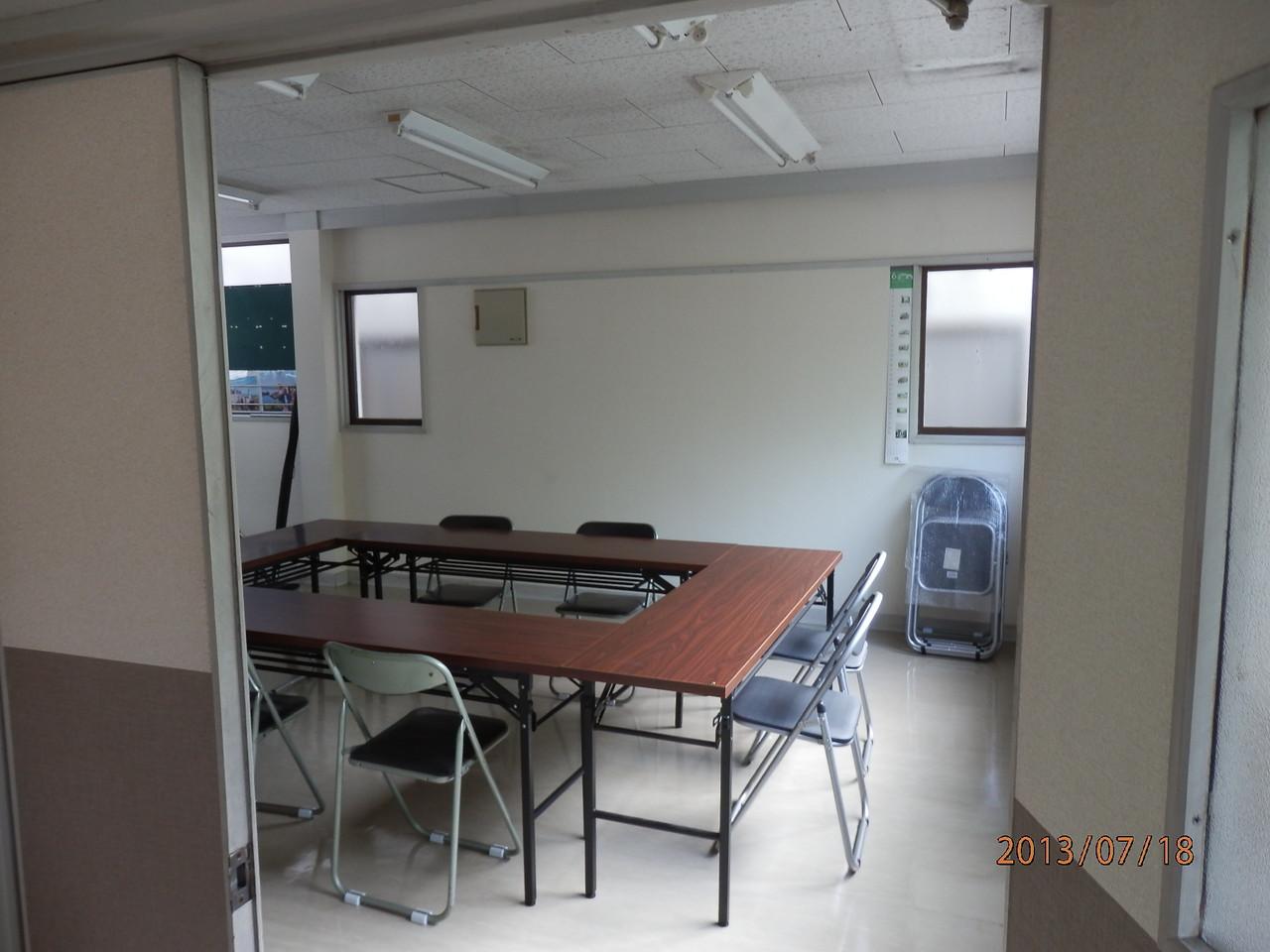 KECビル2階、201号室(10坪)内部(会議室として使用)