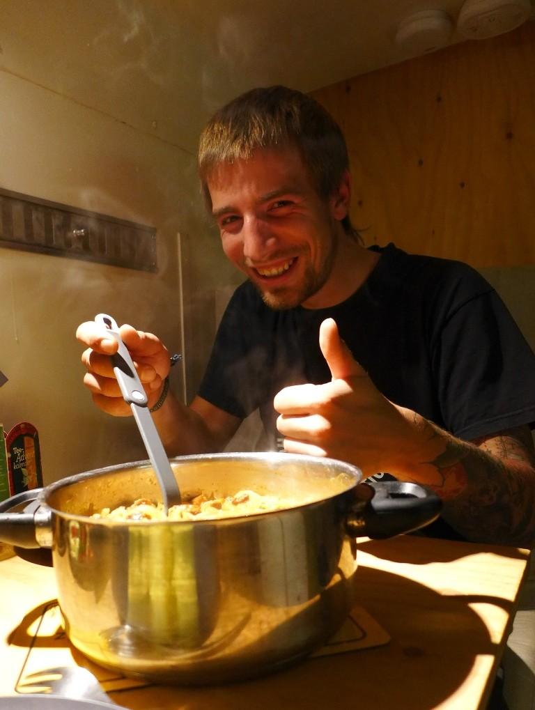 Martin hat für uns Soya-Gulasch gekocht.