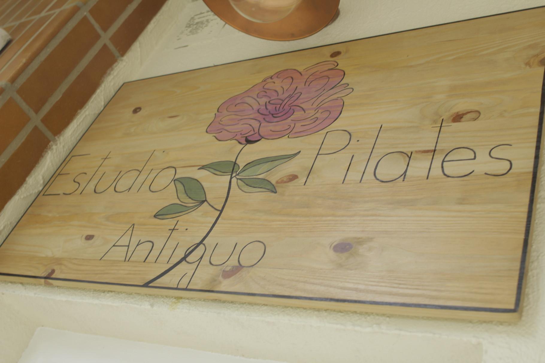 Logo Pilates Antiguo