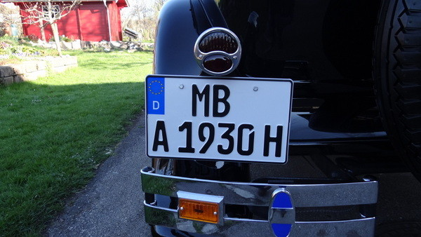 Number plate without title.