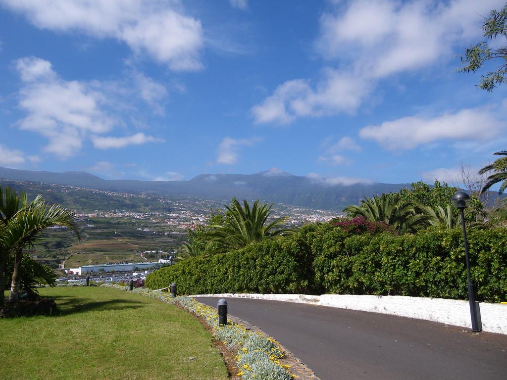 Blick vom Hotel Las Aguilas zum Teide