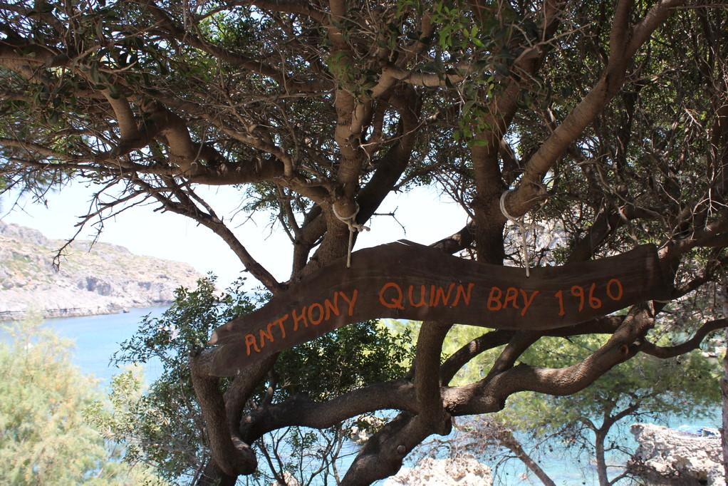 Die Anthony Quinn Bay lohnt den Abstecher allemal