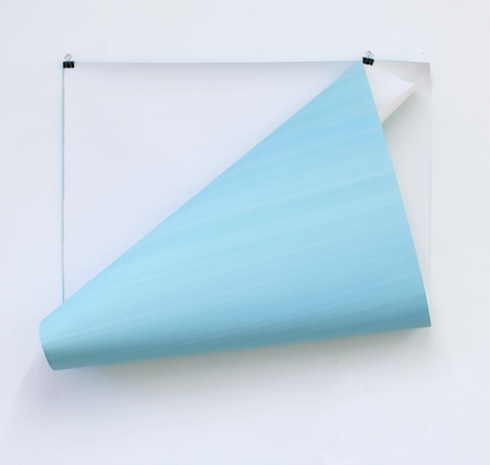 Elisabeth Sonneck, minus Weiß | Öl auf Papier, 110 x 200 cm, foldback clips. Salzamt Linz, A, Juni 2015