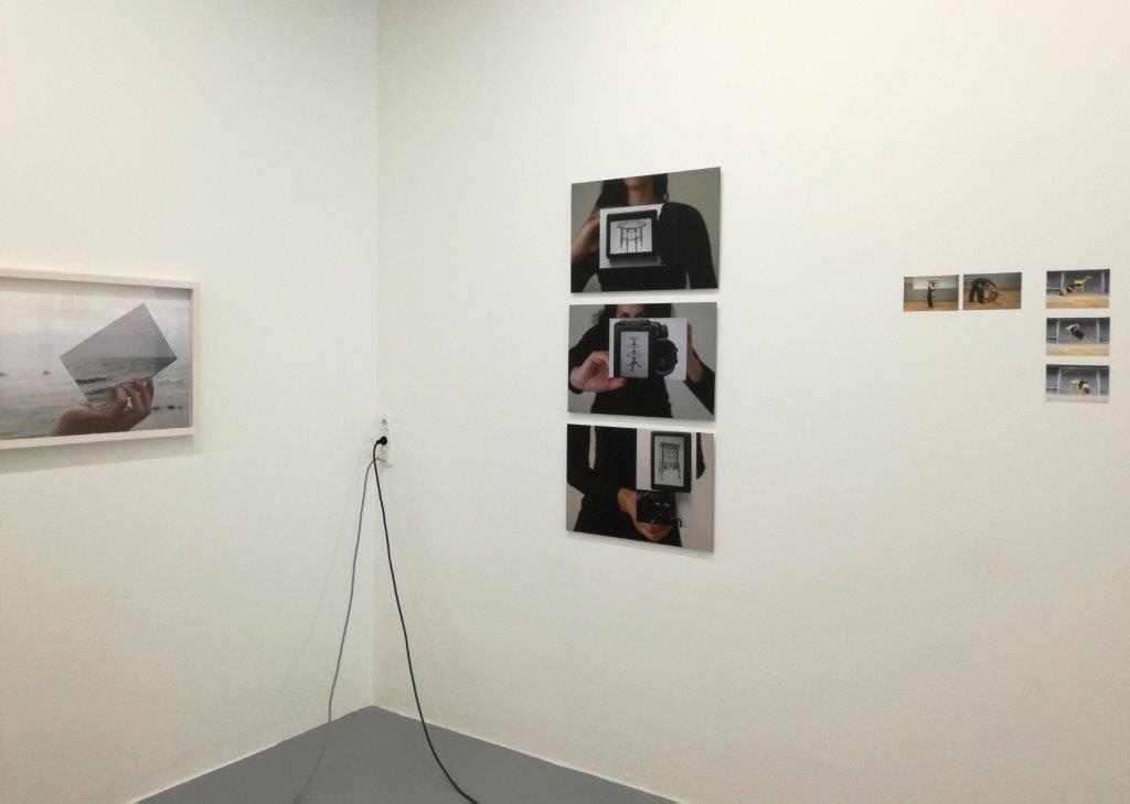 """Ausstellungsansicht """"Tempo"""", mit Eva-Maria Raab, Brunnhofer Galerie, 2018"""