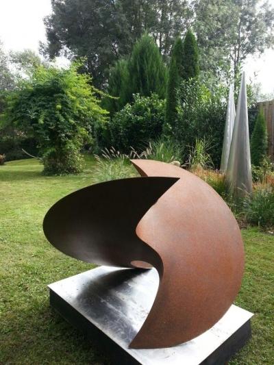 Rüdiger Seidt, Ausstellungsansicht Skulpturengarten Brunnhofer Galerie