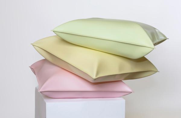 Thomas Kühnapfel, Candy I, Steel lacquered – 110 x 110 x 60 cm, 2015