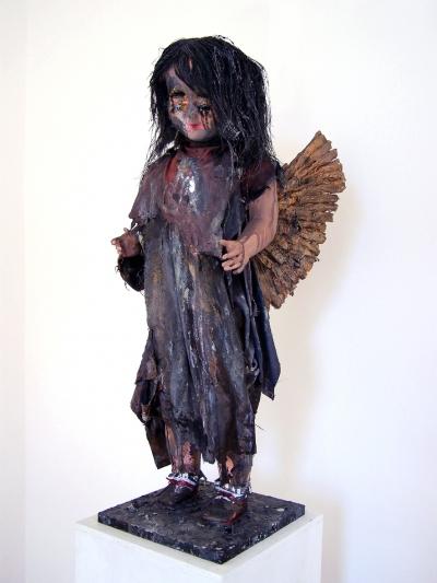 Oliver Kropf, ANGEL, H 78, B 27, T 31 cm, versch. Materalien, 2014 - 16