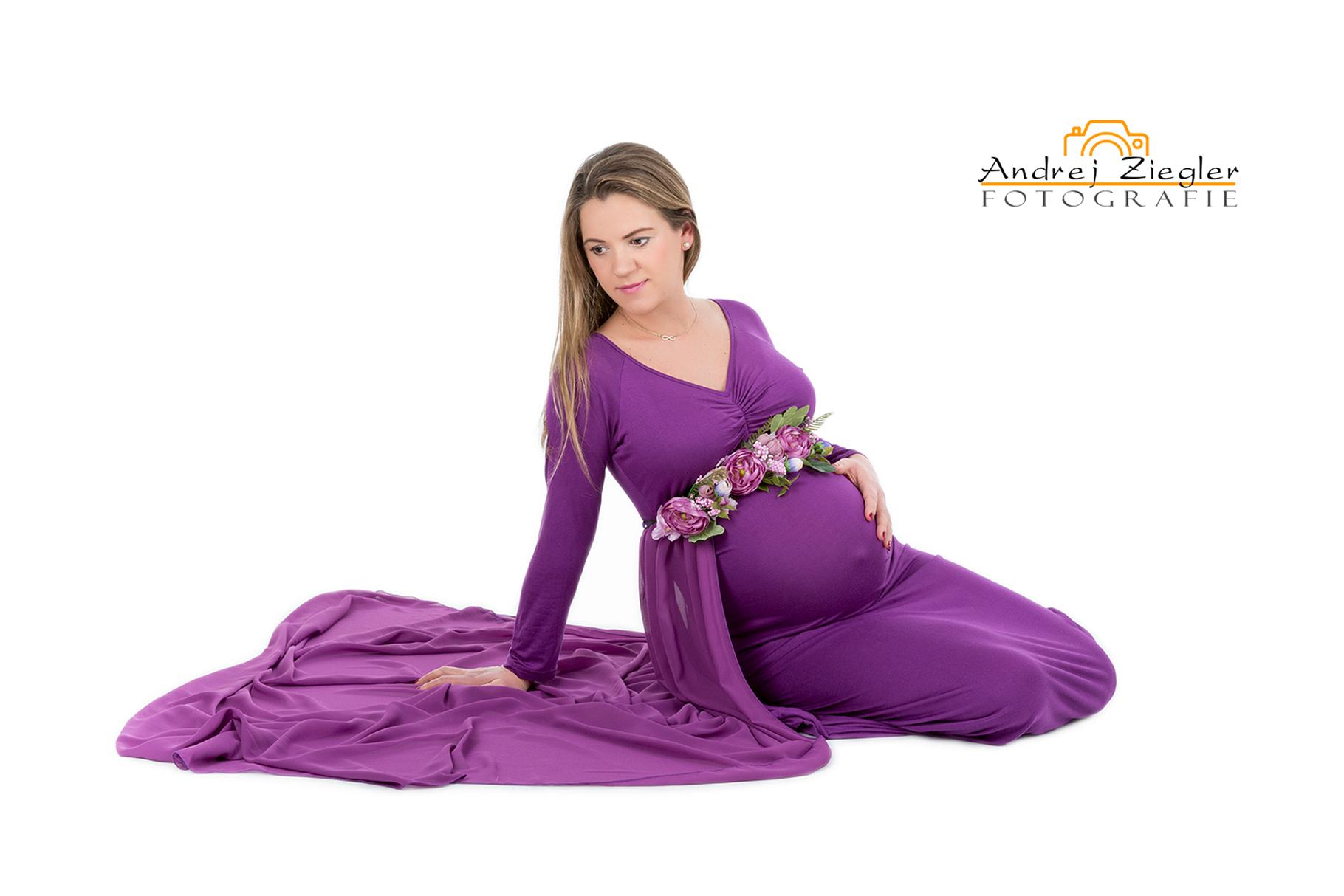Schwangerschaftsfotografie - Babybauchshooting - babybauch - babybauchfotos - Fotostudio Bad Saulgau.jpg