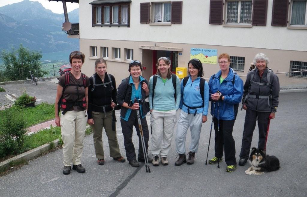 oberhalb Schattdorf(UR), mit Urnersee im Hintergrund. Start der Wanderung