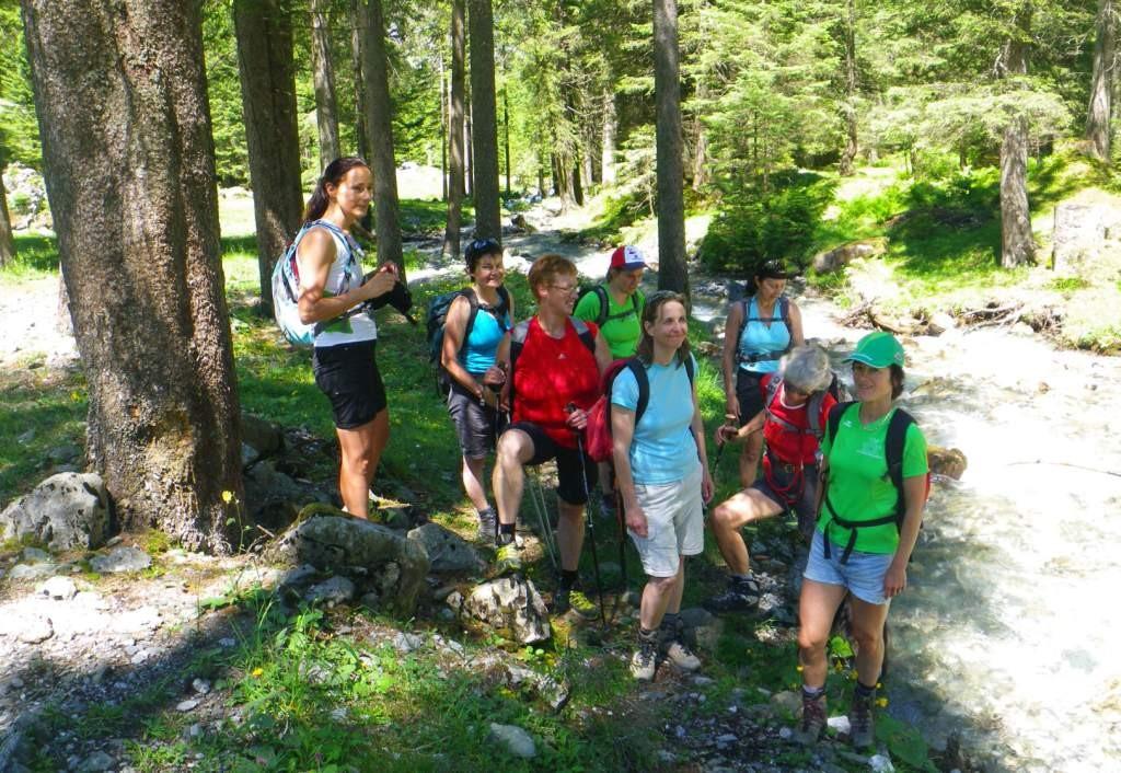 Abstieg und Abkühlung am Schächenbach