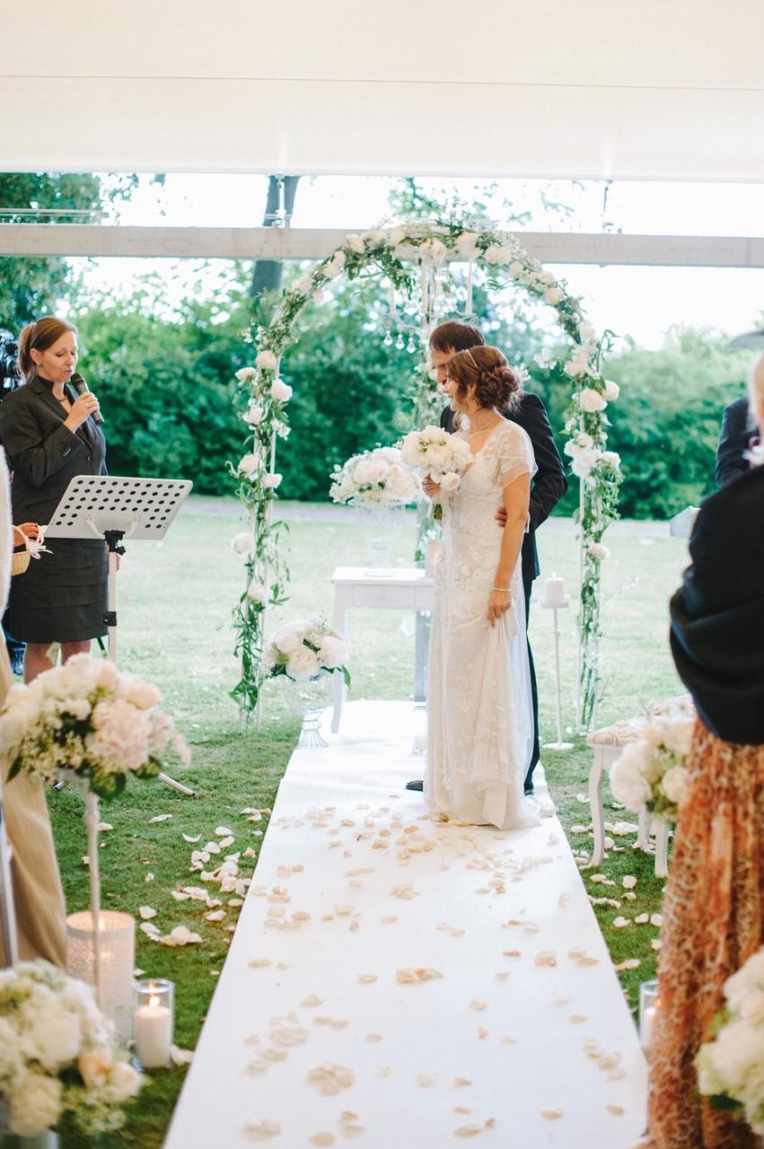 Hochzeit Im Holderbuschle Sandra Langenberg Ihre Traurednerin