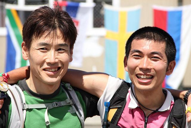 2010年ニュージーランドロゲイニング世界選手権でチームを組んだ柳下と山田