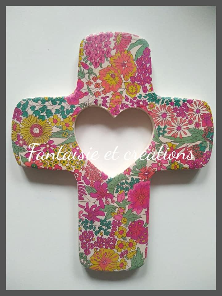"""Croix """"Coeur de Jésus"""" 22euros HFP avec personnalisation prénom/date au dos"""