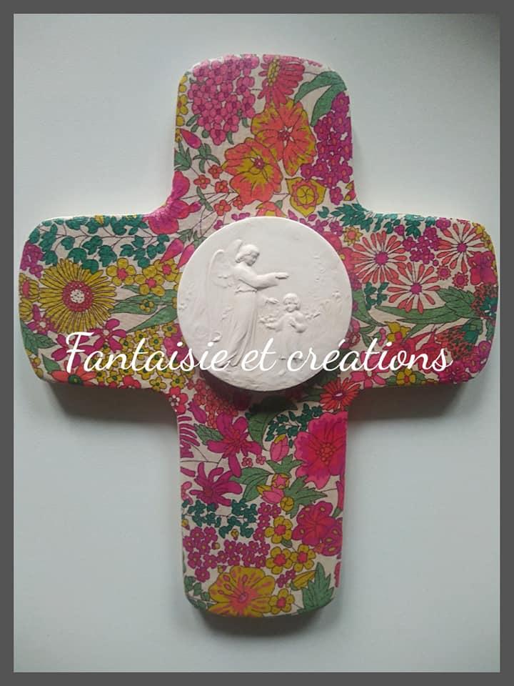 """Croix """"Ange gardien"""" 25euros HFP avec personnalisation prénom/date au dos"""
