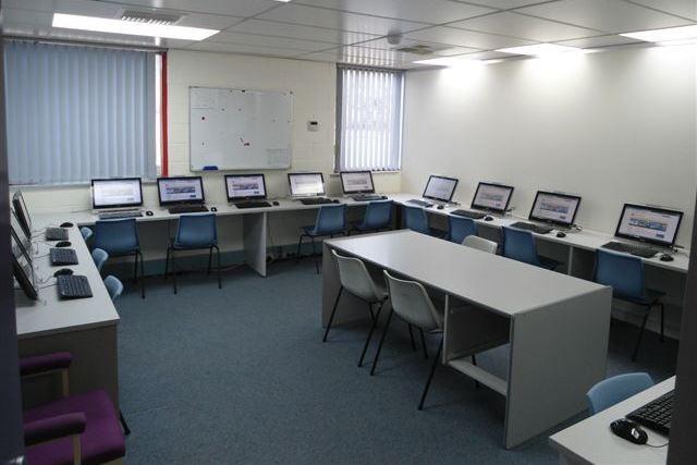 レクシス・イングリッシュ(パース校) コンピュータールーム