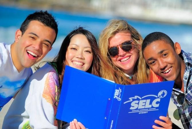 Sydney English Language Centre セルク(ボンダイ校) 楽しそうなSELCで英語を学ぶ留学生たち