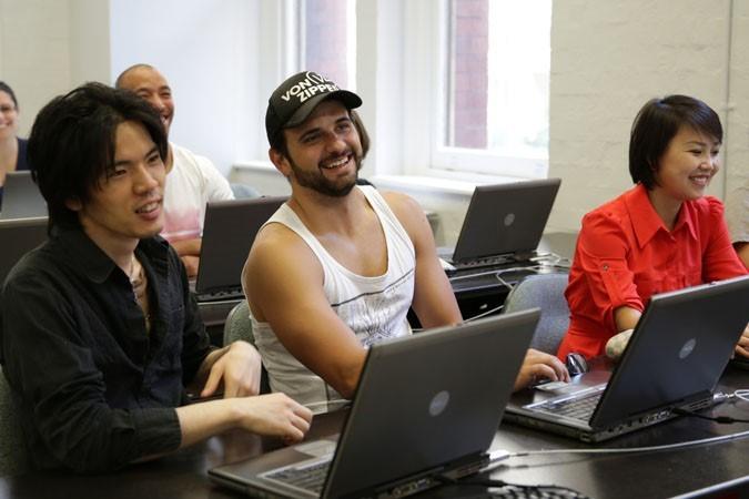 キャス・トレーニング・インターナショナル・カレッジ コンピュータールーム