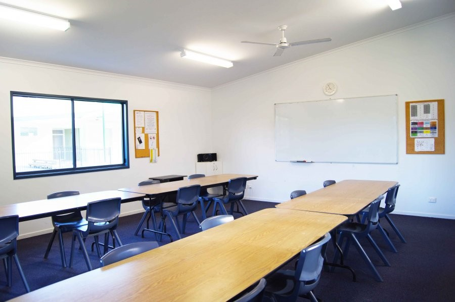 サン・パシフィック・カレッジ 清潔感のあるきれいなクラスルーム