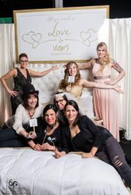 Tessa Brautstudio steht für Freundlichkeit, Flexibilität, Erfahrung und Leidenschaft.  In unserem Haus ist der Kunde König und wir lassen jeden Traum wahr werden.   Unsere 20-jährige Erfahrung hilft uns dabei das perfekte Kleid, aber auch die perfekten Ac