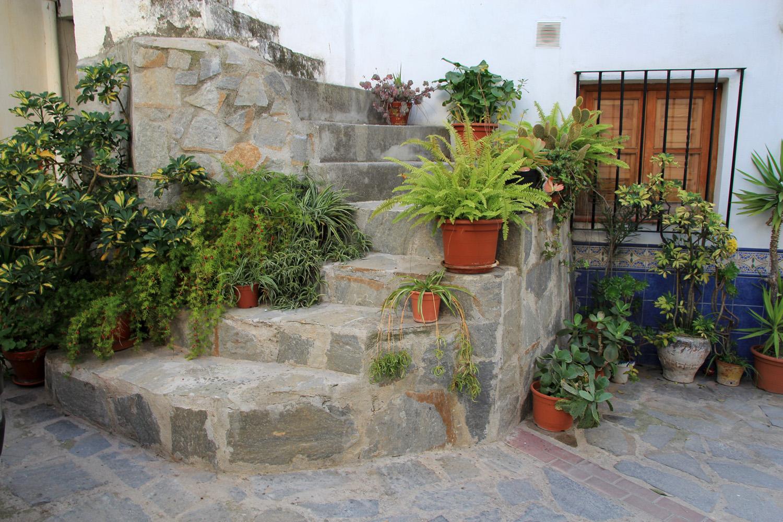 """The Grey Stairs"" - Jete, Granada - V09870"