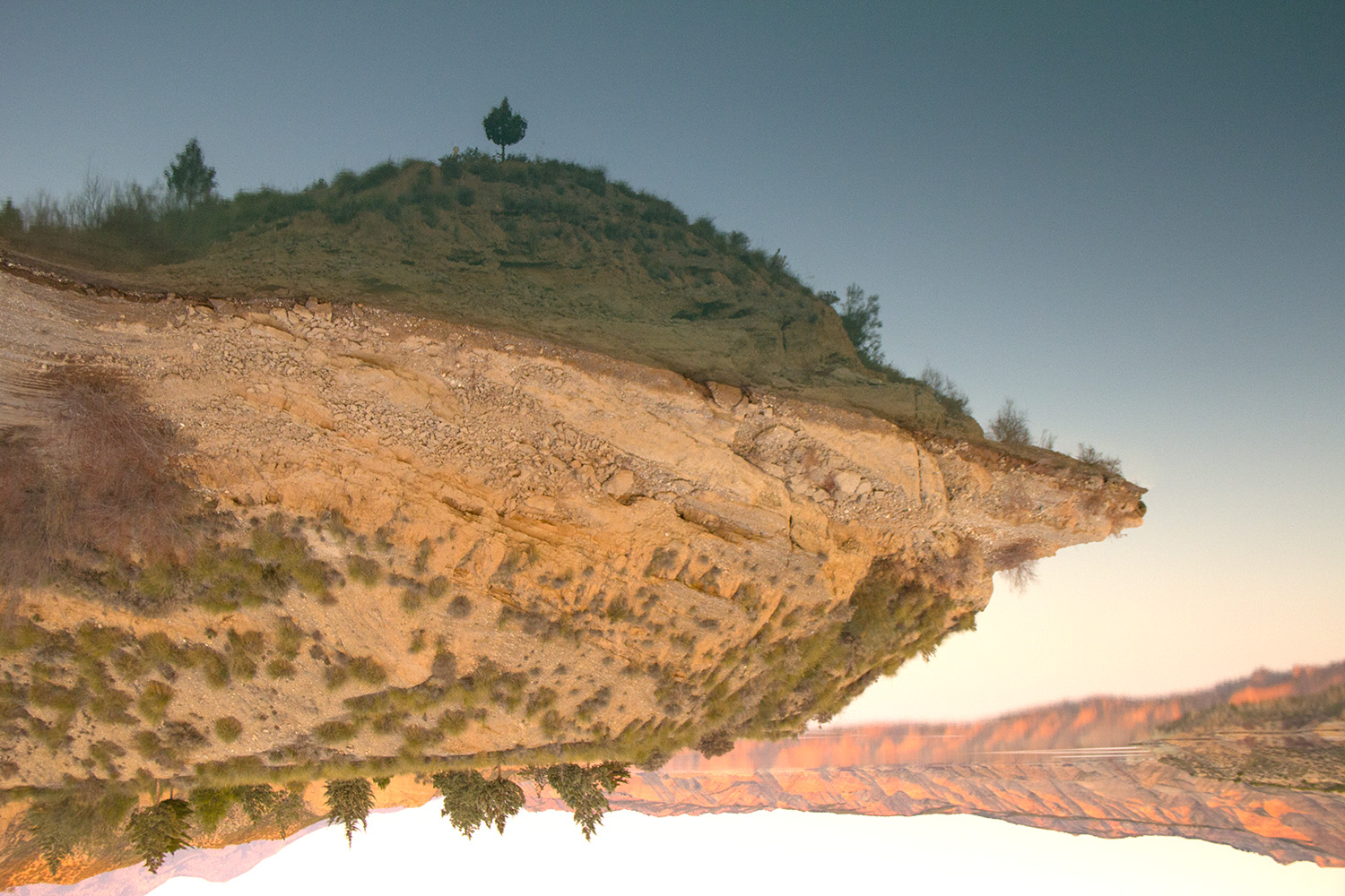 """Flying Land"" - Embalse Negratin, Granada - L02089"