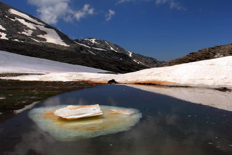 """Defrost Lake"" - PN Sierra Nevada, Granada - L04286"
