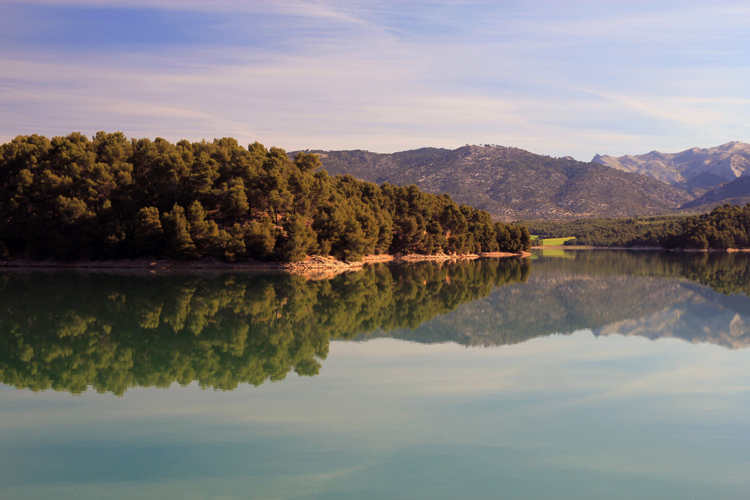 """Sierra Cazola Reflection"" - Embalse de Bolera, Jaen - L08896"