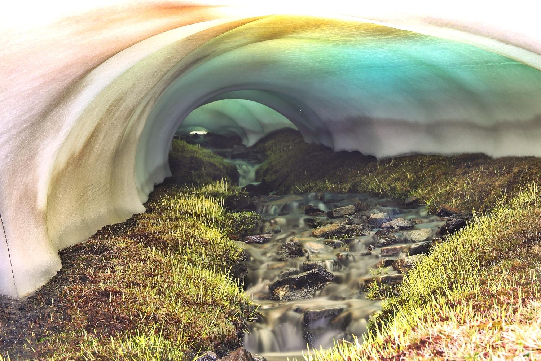 """The Blue Tunnel""- PN Sierra Nevada - US09448"