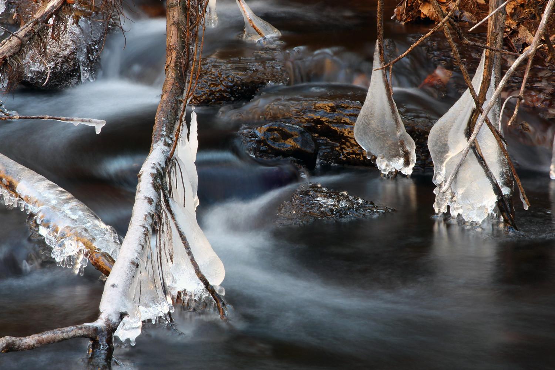 """""""Frozen Waterdrops"""" - PN Sierra Nevada - DF00754"""