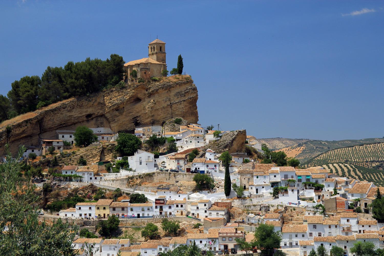 """Cliff Hanger"" - Monte Frio, Granada - V01370"
