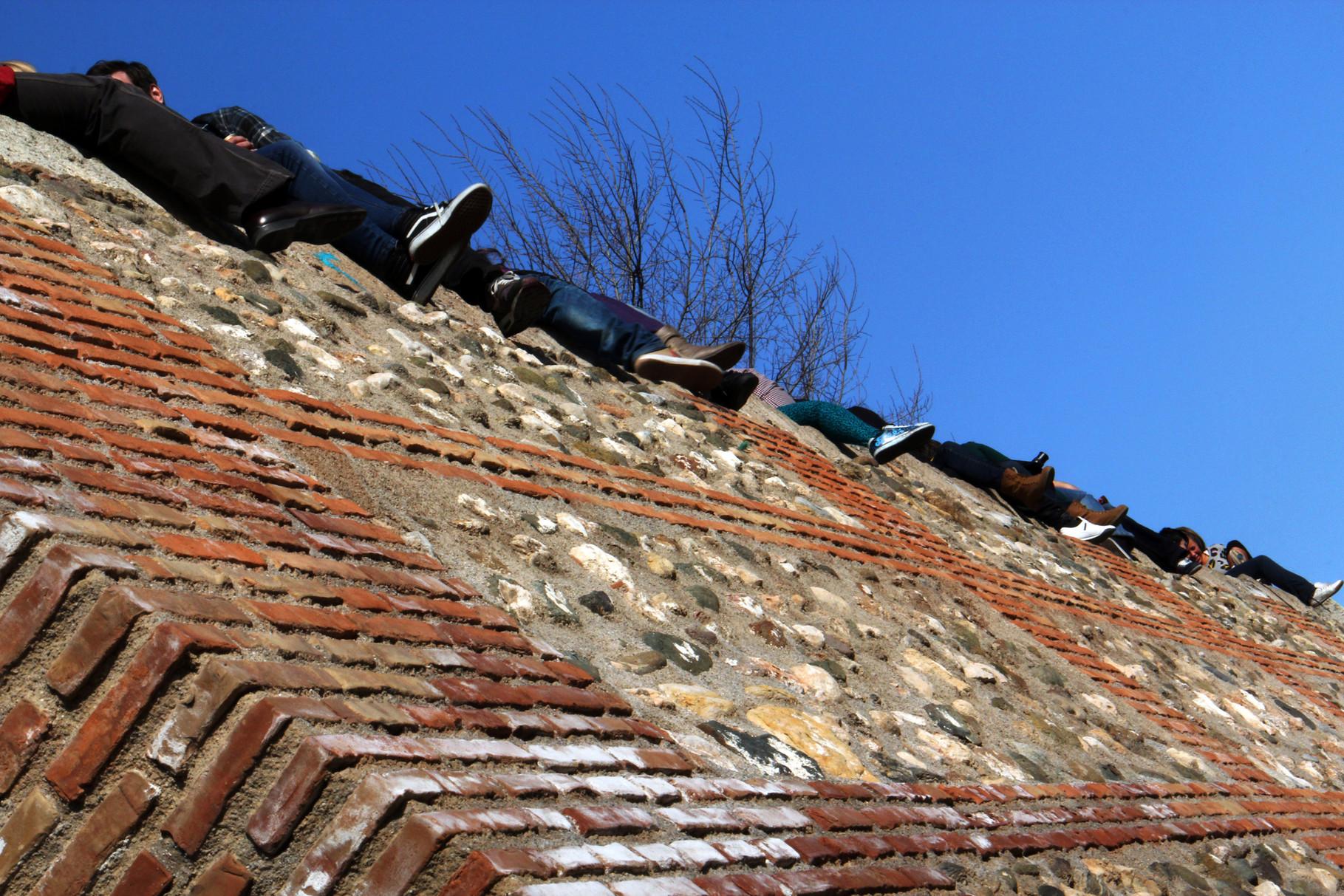 """""""The Shoes"""" - Mirador de San Nicolas, Granada City - VH00111"""
