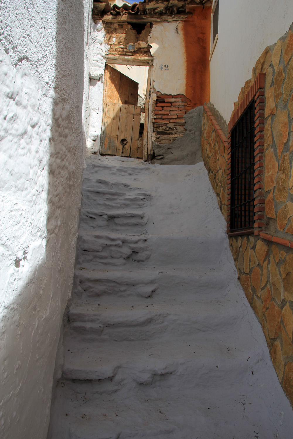 """The Stairs"" - Lugros, Granada - V00333"