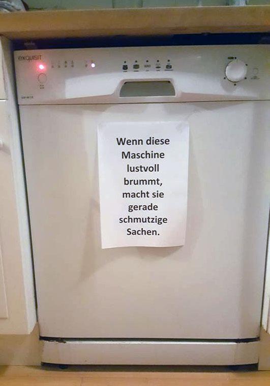 Sie keucht und leuchtet schon rot: Diese Maschine macht schmutzige Sachen (Foto: Früherwisser Media)