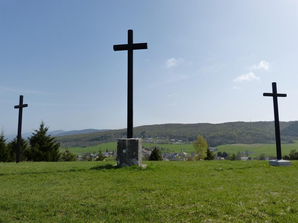 """""""Les Trois Croix"""" au-dessus d'Aranc"""