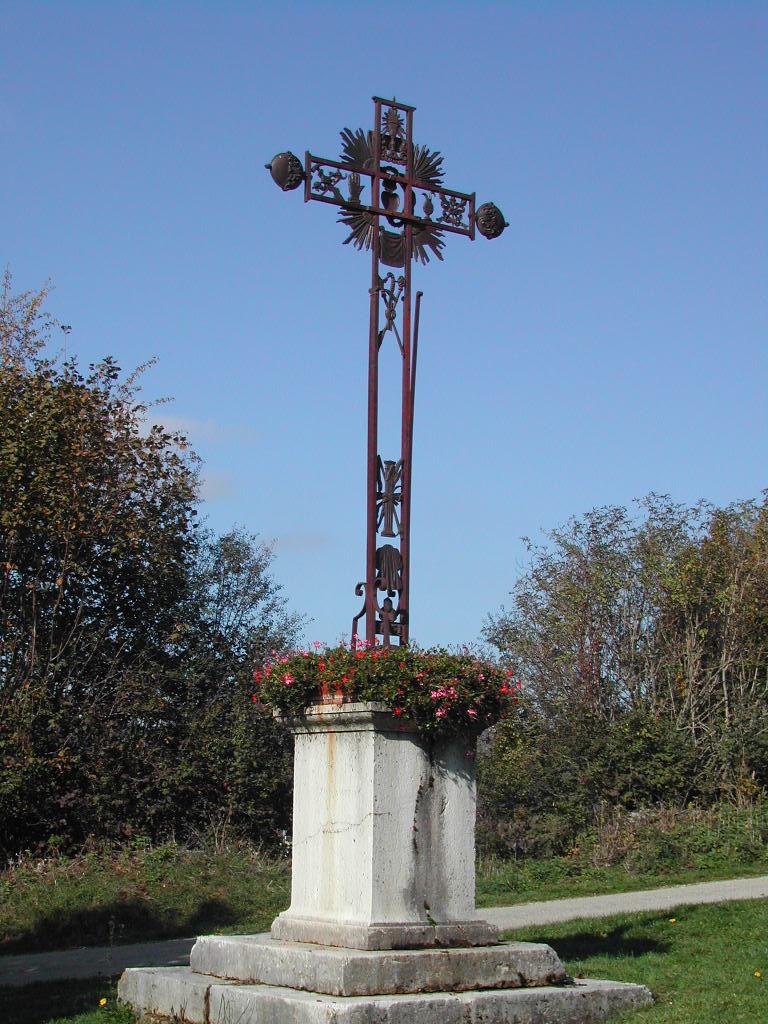 Croix de Champdor (rue Pré Guillaume intersection de la montée du cimetière)